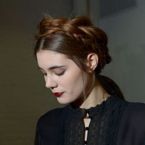 alice-olivia-nyfw-fall-2013-hair-makeup-w724